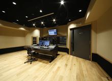録音スタジオ/コントロールルーム